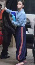 Alia Bhatt appeared with script outside Sanjay Leela Bhansali's office