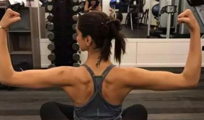 This Bollywood actress flaunts her toned muscles, see pictures here