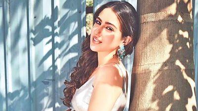 Sara Ali Khan gets emotional,