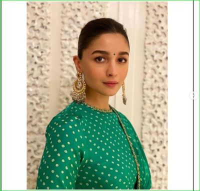 Alia Bhatt looks like Deepika, trollers criticize