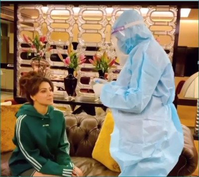 Urvashi Rautela gets nervous before getting her corona test done, watch video here