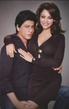 Karan Johar and Gauri Khan did something that embarrass Shahrukh Khan