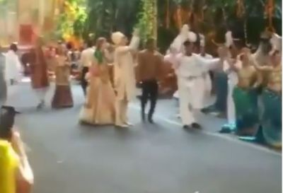 Video : अपनी दुल्हनिया लेने पहुंचे आनंद पीरामल, ऐसे निकली ग्रैंड बारात