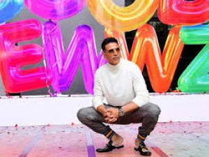 Akshay shares funny video on social media before promotion of 'Good Newwz'