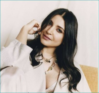 Mother-to-be Anushka gets photoshoot done for Vogue magazine