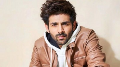 Fans did this to meet Kartik Aaryan, actor hugged