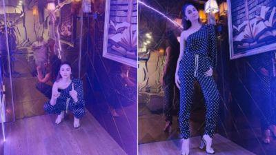 13 करोड़ का घर खरीदने के बाद आलिया ने खरीदी वैनिटी वैन, तस्वीरें देखकर चौंक जाएंगे