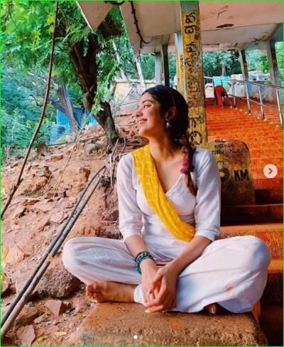 Jahnavi shares new pictures of Tirupati trip, see pics here