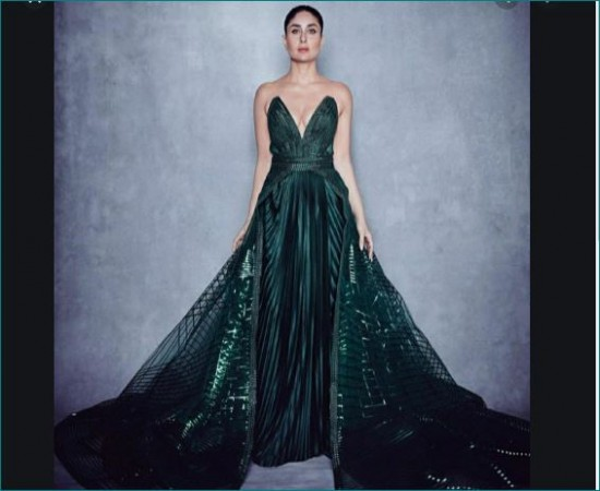 Kareena Kapoor Looks Stunning In Green Gown At Lakme Fashion Week News Track Live Newstrack English 1