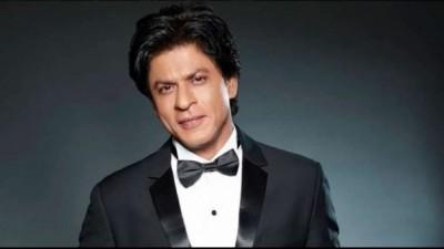 Shahrukh Khan supporting Sanjay Mishra's 'Kaamyaab'