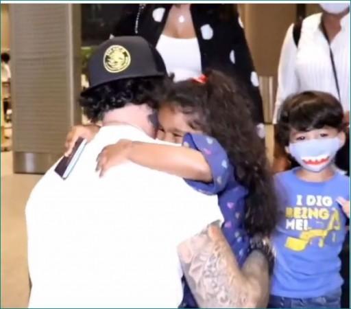 महीनों बाद पिता से मिले सनी के बच्चे, गले लगाने का इमोशनल वीडियो वायरल