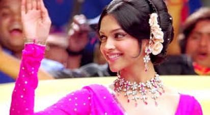 Deepika Padukone enters into Bollywood due to Malaika Arora