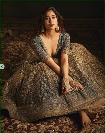 Janhvi Kapoor dressed as bride in a new photoshoot, see pictures