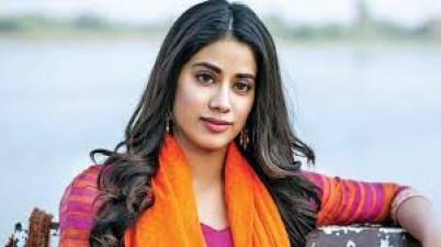 Janhvi Kapoor starts 2021 on working note, shooting for her next film began