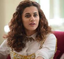 Taapsee has completed 10 years working in films, wants to become an Indian superhero