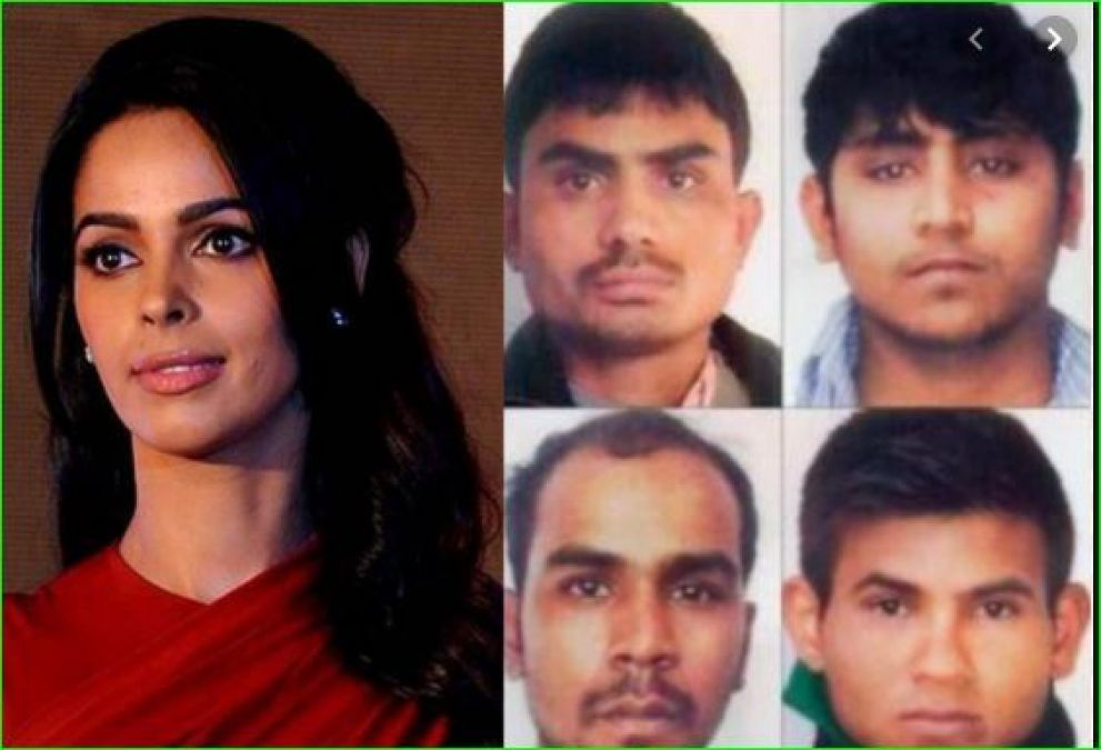 Mallika Sherawat fiercely raged over the delay in hanging Nirbhaya's convicts