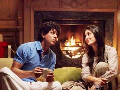Shahrukh Khan seen opposite Kareena Kapoor in this film, will return to films soon