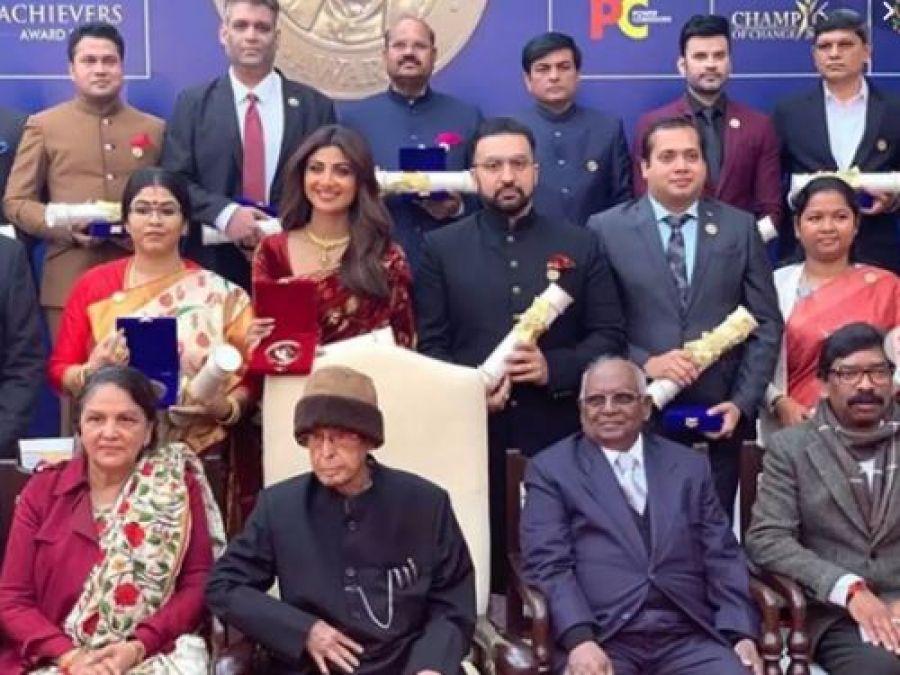 Image result for Shilpa Shetty award Swachh Bharat Abhiyan