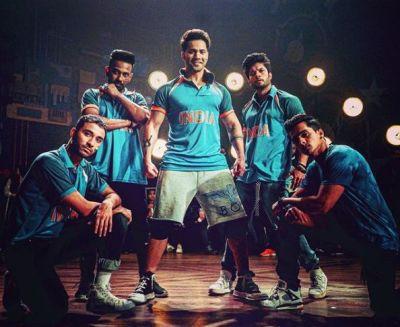 Street Dancer 3d : वरुण धवन और टीम को चढ़ा वर्ल्ड कप का खुमार, इंडियन जेर्सी में आये नज़र