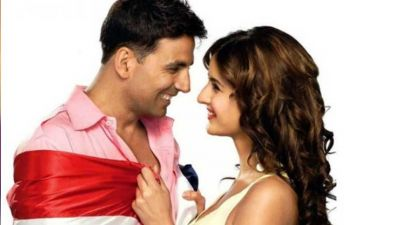 Akshay is extremely happy with Katrina, says it's a big deal!