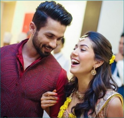 Husband Shahid's number is saved in Mira's phone with this name