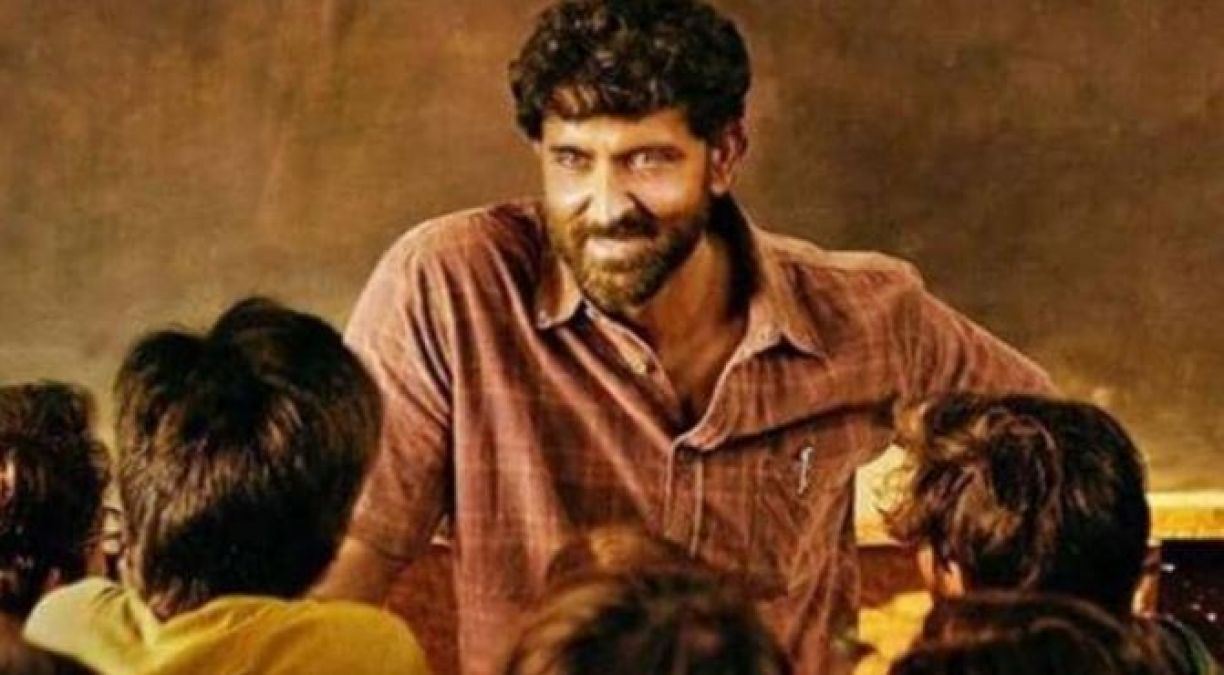 Anand's story proved Superb, Hrithik's film earned so many crores on the first day!
