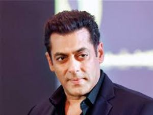 Salman has this strange fear of losing this special fanbase!