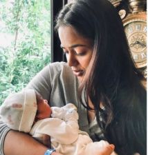Samira Reddy shares her daughter's first glimpse; amazing!