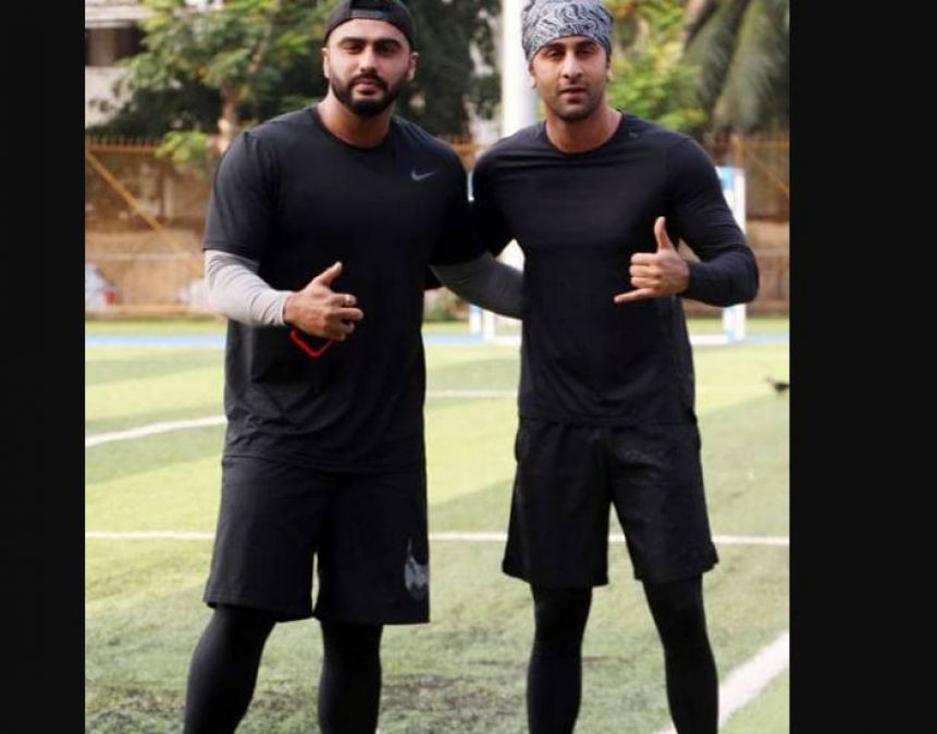 Arjun Kapoor and Ranbir Kapoor bond over a football match