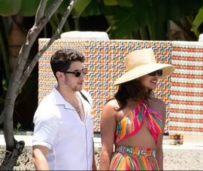 Nick pushed Priyanka into the water, the photo went viral