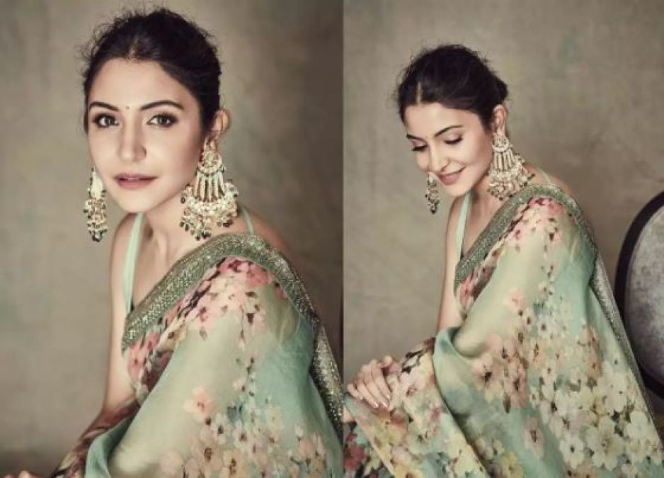 Anushka Sharma's Simple Saree Look make her fans go crazy for her!