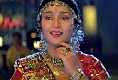 This Banjaran Actress of 'Pardesi' Song has changed so much, See Photos!
