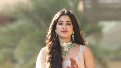 Janhvi Kapoor to gain weight for Kargil Girl after losing 10kg