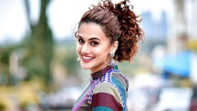 Mob lynching: Taapsee Pannu remains neutral over open letter storm
