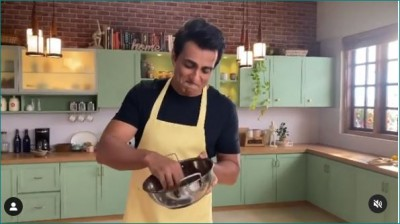 Sonu Sood washing dishes on his birthday, video goes viral