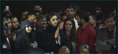 Did Deepika take 5 crore rupees from Pakistani agent for her appearance in JNU Protest?