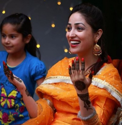 Yami Gautam shared pictures of mehndi ceremony, see beutiful pictures