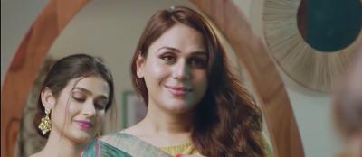 This transgender model said to Karan Johar 'If you offer me even 1 crore, I will kick'