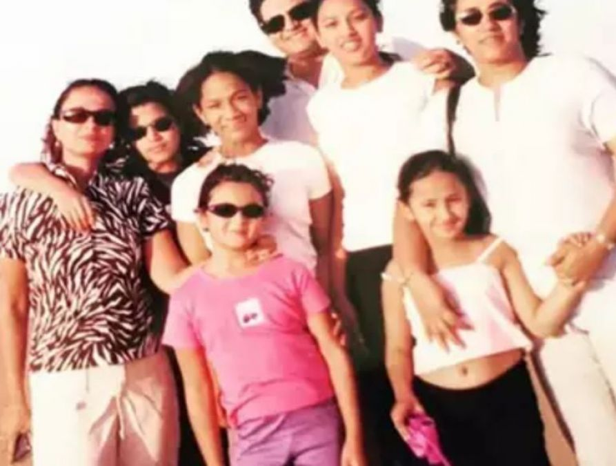 Alia's mother posts Alia's childhood pics; reveals this thing!