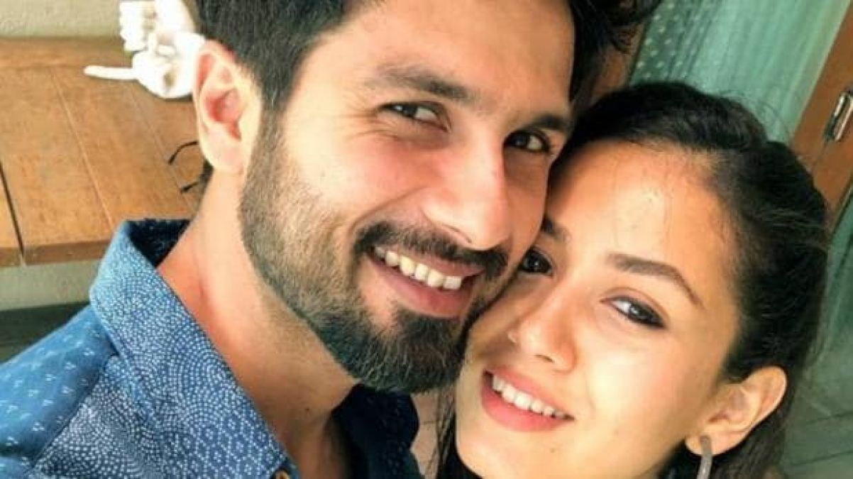 Mira shares Shahid's 16-year-old photo, this actor Bola-' Khel Khallas '