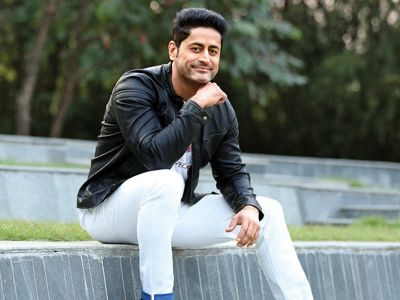 As an actor, giving political statements is different: Mohit Raina