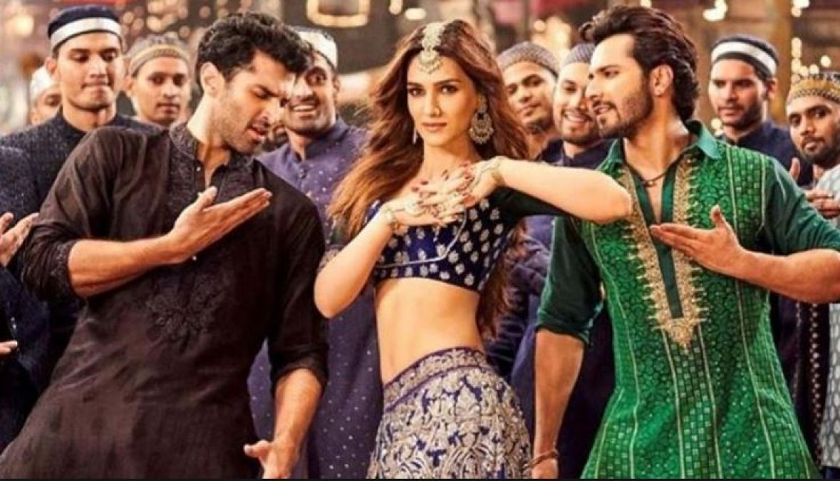 Kriti Sanon speaks of items songs and their comparison with the Khans!
