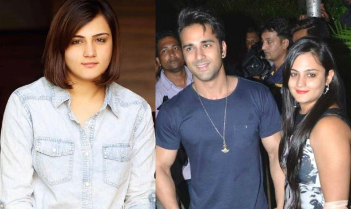 The ex-wife of Pulkit Samrat arrived in Indore for 'First Blind Date'!