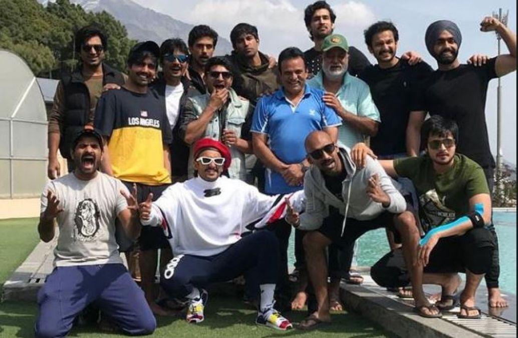 83: Ranveer Singh's cricket team seen warming up amidst shooting