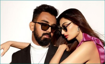 KL Rahul and Athiya Shetty seen together for the luxury eyewear brand, photos viral