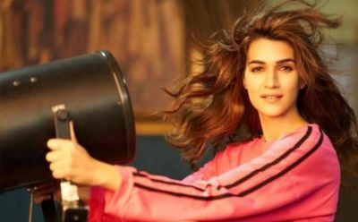 Another bombastic film that Kriti got before the 'Arjun Patiala' release!