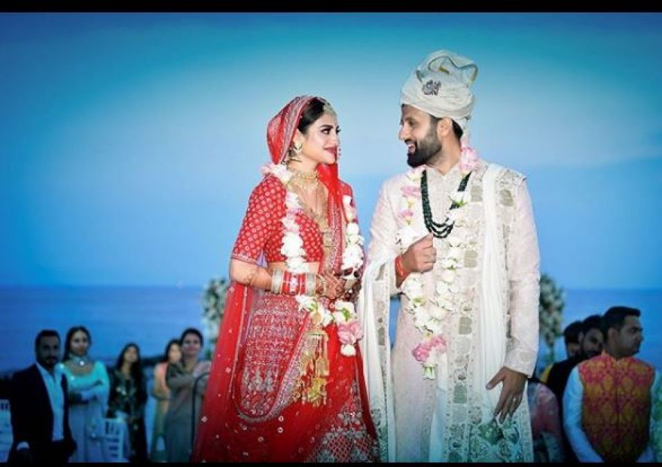 Actress-Politician Nusrat Jahan Married to Businessman, check out pic here
