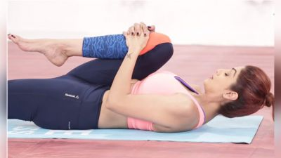Video: Shilpa Shetty reveals her Yoga fitness tips!