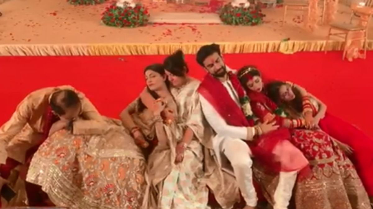 VIDEO: After Brother's wedding Sushmita looked enjoying funny moments!