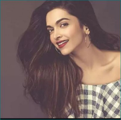 Deepika scolds Paparazzi for posting Sushant Singh Rajput's videos and monetise it